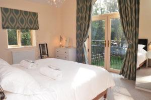 Group Accommodation Cotswolds - STONY HOUSE