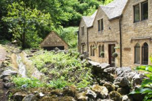 Group Accommodation Cotswolds - SPRINGFIELD COACH HOUSE