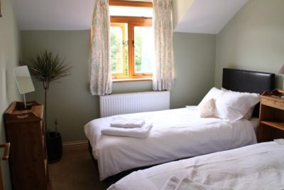 Penrith Lodge twin bedroom