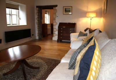 The Retreat - full Sky package and TV in both sitting rooms and kitchen