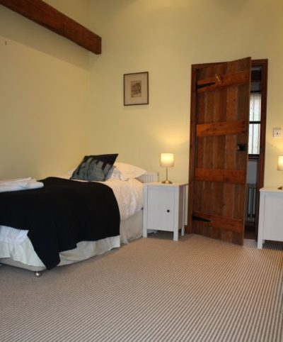 The Retreat - twin single beds with the family bathroom just next door on the ground floor
